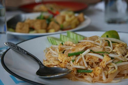 อาหารไทย คือ อาหารที่อร่อยที่สุดในโลกที่คนรู้จักและชื่นชอบ โคตรภูมิใจเลยวุ้ย